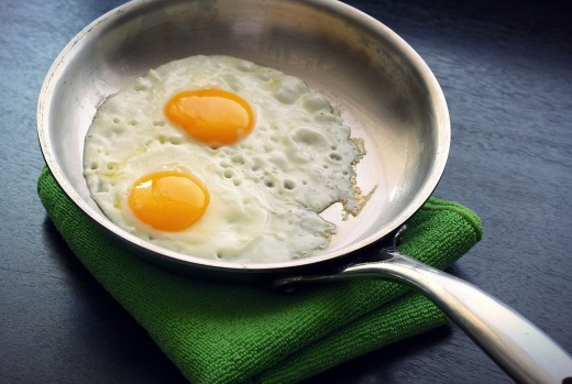 Fried eggs are healthier if cooked with less fat.