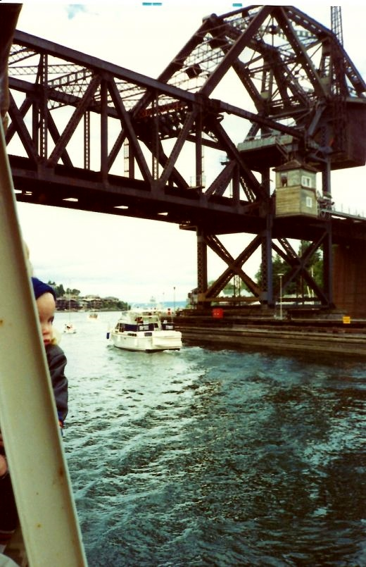 Passing under another draw bridge