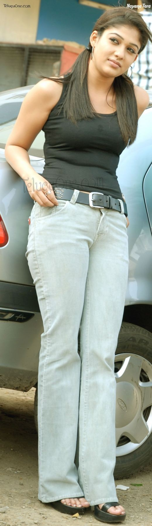 Tight jeans make Nayantara even more desirable