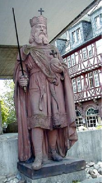 A statue of King Charles the Great in Frankfurt.