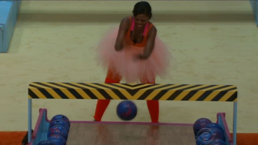 Omarosa lost to Marissa in the Bowlerina challenge, which made her so dizzy she had to leave for treatment for an asthma attack