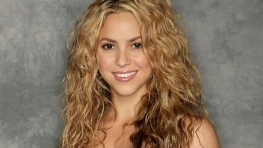 Shakira's full name is Shakira Isabel Mebarak Ripoll.  She is a Columbian-born singer and songwriter.