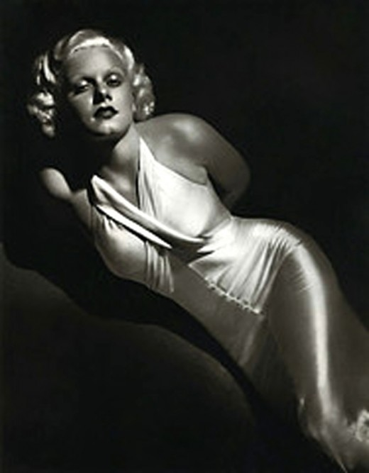 In the 1930's, Hollywood began to embrace women's curves.