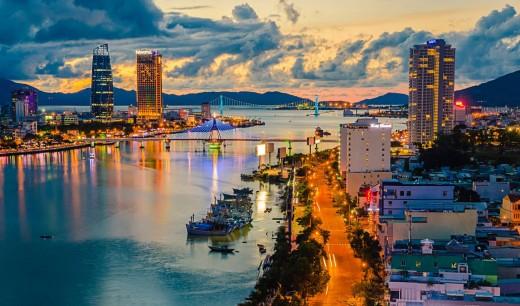 Danang - the city by Han River