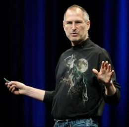 Steve Jobs dons the magical shirt