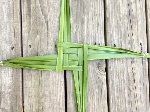 Crafting a Brigid's cross is traditional for Imbolc and honors the Saint and Goddess herself.