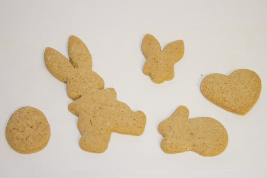 Make these for any holiday by using different cookie cutters! Or, use your creativity when cutting the shapes