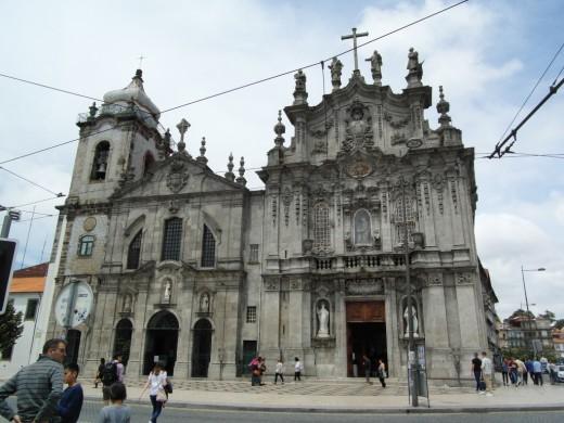 Igreja do Carmo and Igreja das Carmelitas.