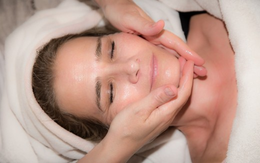 Practitioners often offer professional massage services to go along with acupuncture. This can include soothing facial massage as pictured.