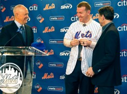 Todd Frazier is the Mets man at 3B costing $17 million over 2-years. Shouldn't Wright do the right thing and retire?