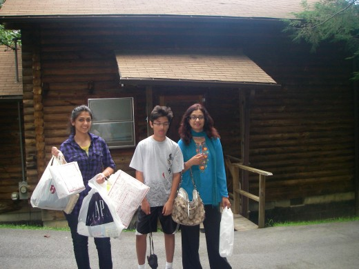 Shopping and staying at a log house :-)