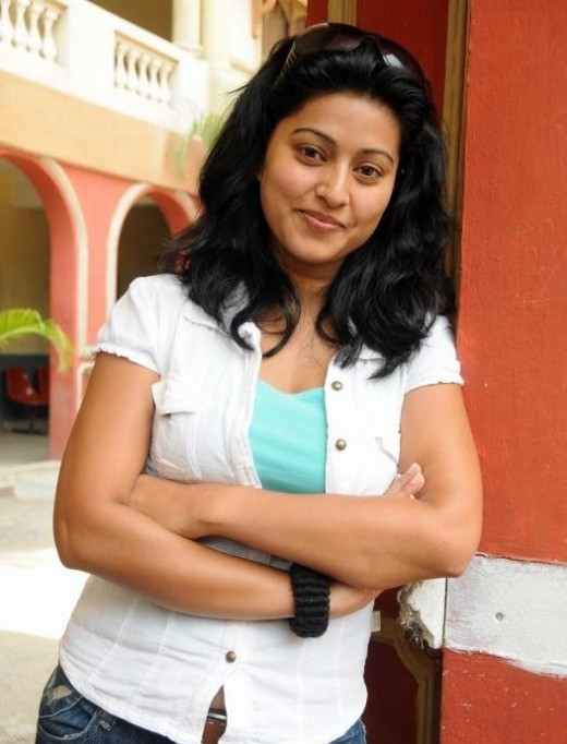 South heroine Sneha Glam Photoshoot Collection unseen pics