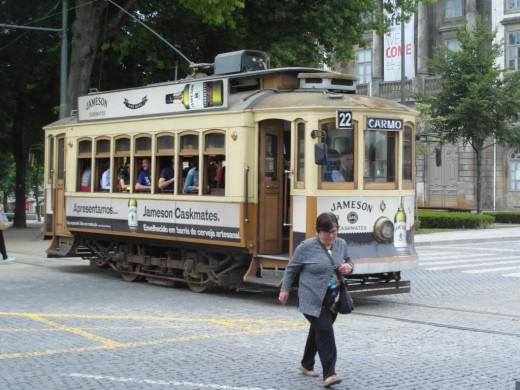 Tram 22
