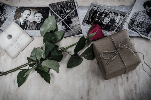 Family heirlooms need to be distributed to family members before you pass. But when death is unexpected, a will ensures that your family treasures are passed on to the right people.