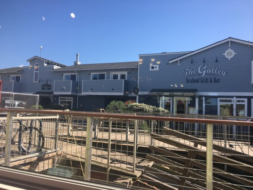 Anderson Inn and The Galley - the best hotel and restaurant in Morro Bay.
