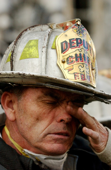 9/11 responder in tears after attack