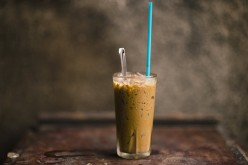 30-Calorie Easy Iced Coffee Recipe: Healthy, Vegan, and Sugar-Free