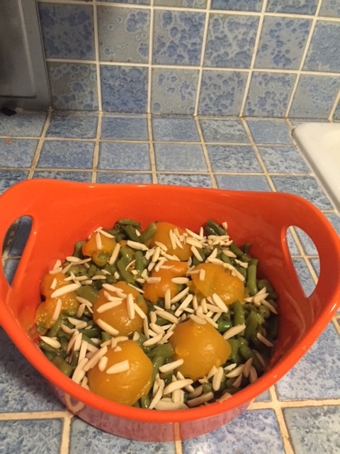 Green Beans and Apricot Casserole