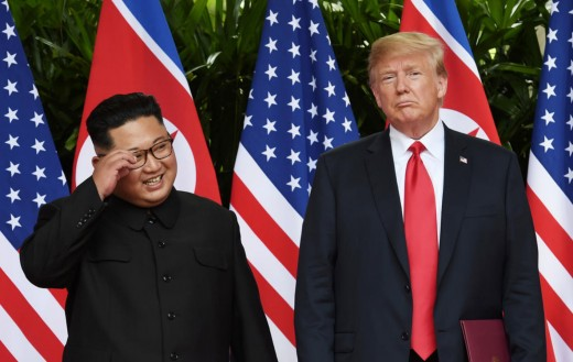 Kim and Trump before the cameras!