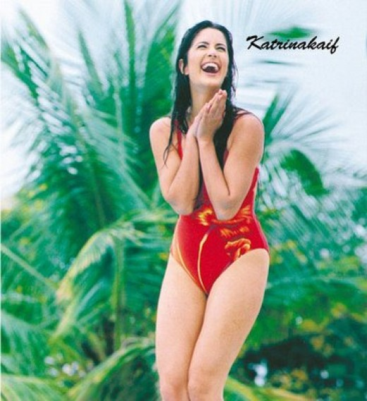 katrina in swim suit !!! LEG SHOW !!! TOO SEXY!!