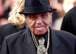Joe Jackson, Patriarch of the Famous Jackson Family, Dies at 89