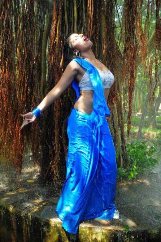 Hot Mallu Desi Sexy Aunty Exposing Photos Videos New Unseen Masala Indian