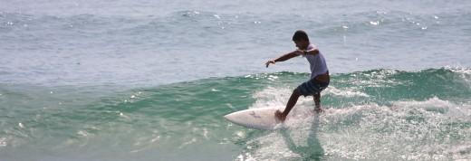 Surfing in Pottuvil