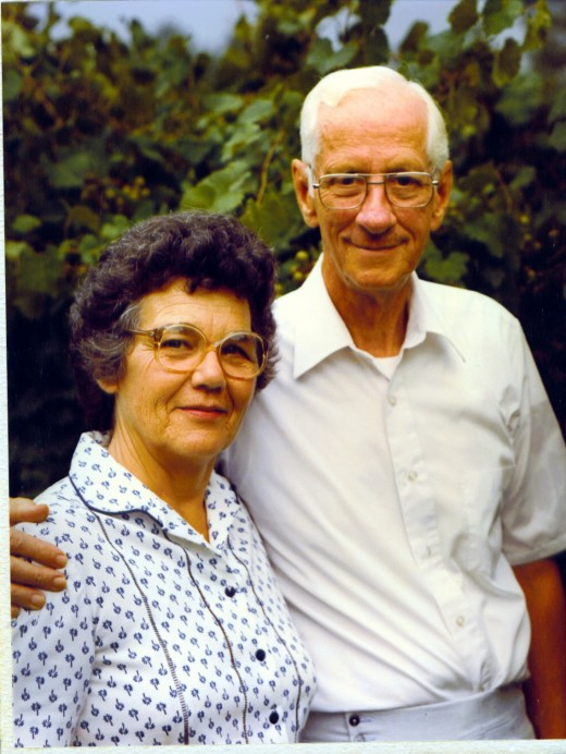 "By all accounts, Loyd and Louise Auman were really ""grape"" people. They worked hard to bring a smile to everyone in their community, with Loyd in particular dedicating his life to education."
