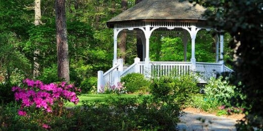 This gazebo looks like it came straight out of a Monet painting.
