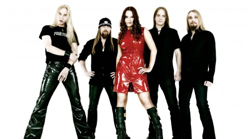 From left to right: Sami Vauhkonen, Heavy (Jarkko Hiltunen), Tanja Lainio, Jukka Outinen and Sauli Kivilahti.