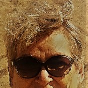 Glenis Rix profile image