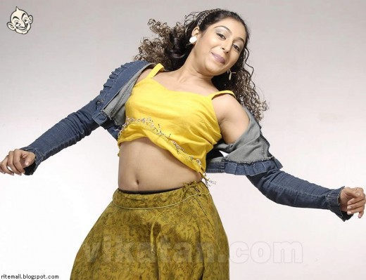 Hot Indian Desi Sexy mallu Actress Padmapriya Masala Photos Padma Priya