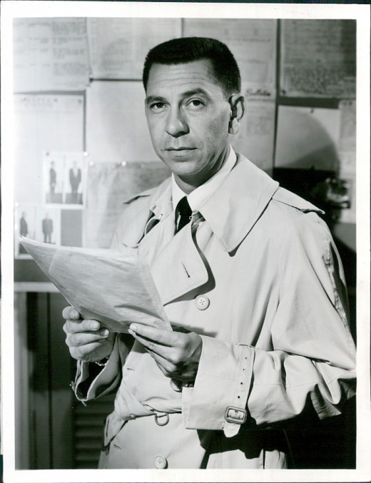 Jack Webb, the star of the original show and inspiration for Ackroyd's character in the film.