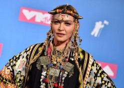 Madonna Bashed Over Aretha Franklin Tribute at VMAs