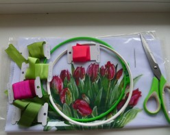 See How to Embroider Flowers With Silk Ribbons Step-by-Step