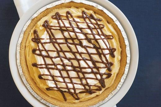 Fudgy Peanut Butter Crème Pie