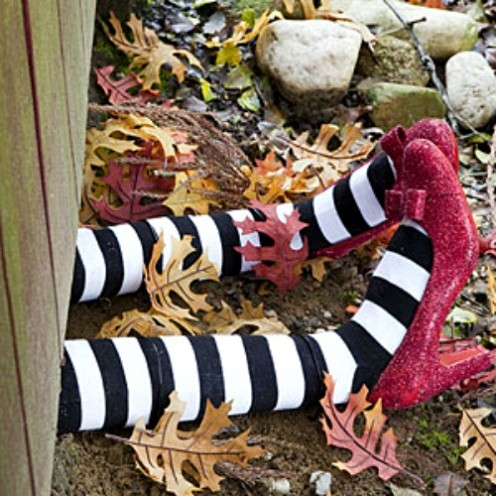 31 Spooky Halloween Witch Craft Ideas
