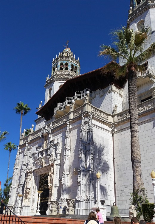 The grand entrance to Hearst Castle