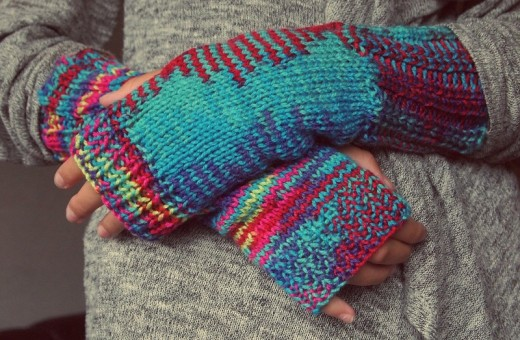 With cozy hands and feet you can enjoy cold winters.