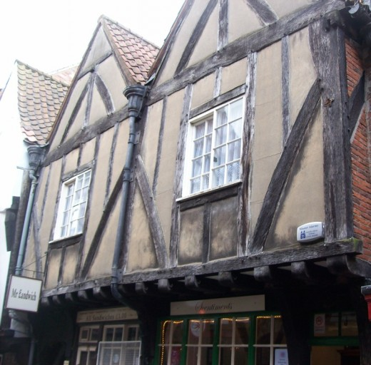 Shop or have lunch in the Shambles area of York