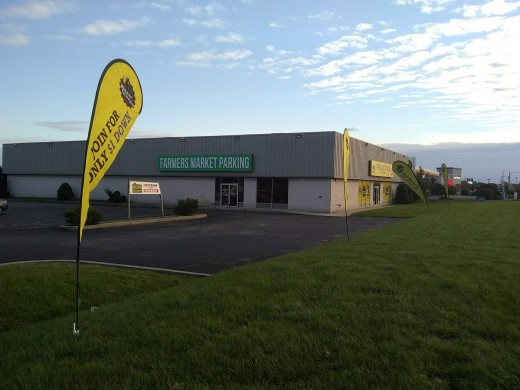 Planet Fitness launches a pre-sale while working to transform a mattress warehouse into a state of the art gym