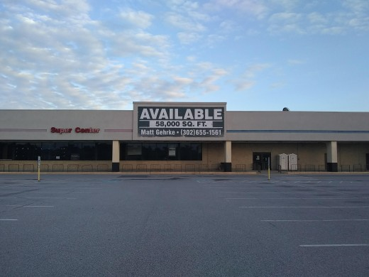 Empty Super Center waiting for new business