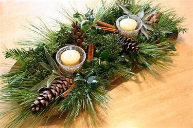 Beautiful pine cone centerpiece