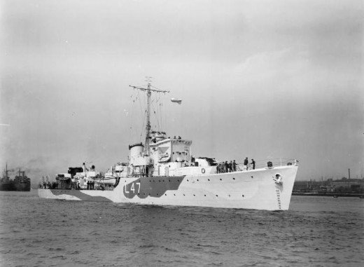 The HMS Blean, a Hunt-Class destroyer.  Israeli Air Force Captain Iftach Spector claimed the HMS Liberty was an Egyptian Hunt-Class destroyer.