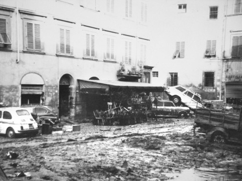 Carmine Square after the flood in Florence