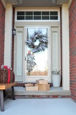 5 Tips to Prevent Package Theft During the Holiday Season