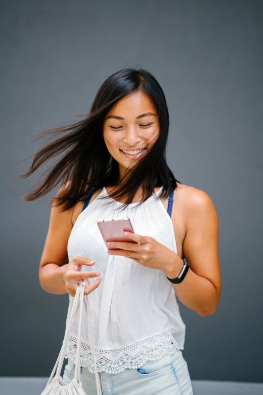"""Sending your girl a text that says """"Good morning, beautiful"""" is a simple way to brighten her day."""