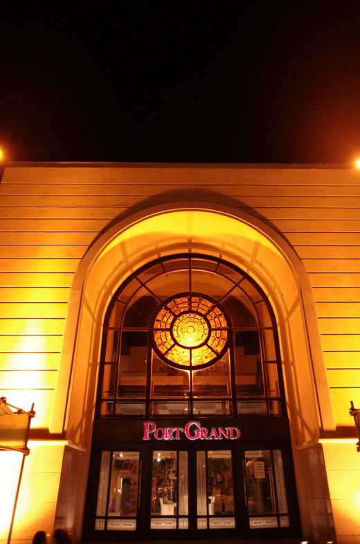 The arch of this Port Grand building in Karachi reminds one of a typical Islamic style.