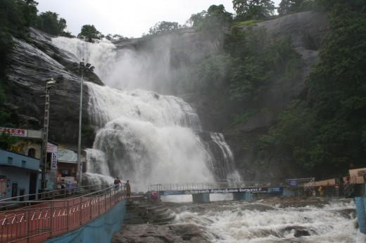 Main Falls, Courtallam