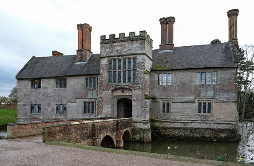 A photograph of the Moated Manor House at Baddesley Clinton.